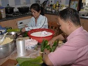 Vietnamese communities celebrate Tet abroad