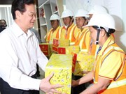 PM tours Vietnam waste solution company