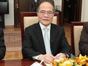 NA Chairman meets home investors in Nghe An
