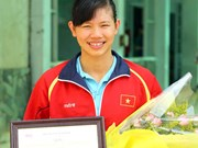 Top swimmer to train in China for Asian Games