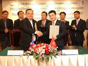 Viettel helps Laos develop national font for devices