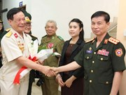 Vietnamese, Lao war veterans cement ties