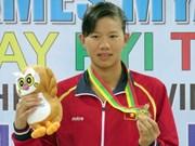 Vietnamese swimmer wins gold in US