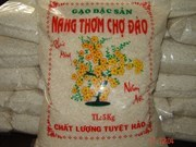 Long An rice, dragon fruit certified in US