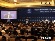 PM stresses regional sustainable growth, East Sea issue at WEF