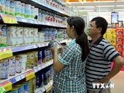 Consumers milk price drops for what they're worth
