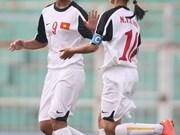 Vietnam beat Singapore to reach final four
