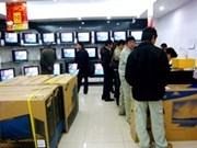 Electronics stores a hit with buyers