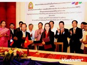 FPT University helps Lao partner in education quality management