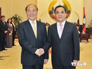 NA Chairman meets with Lao PM in Vientiane