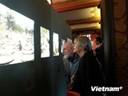 First color photos on old Hanoi displayed in Paris