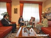Vietnam successful in alleviating poverty: FAO