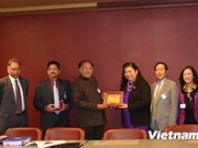 Vietnamese, Indian legislative bodies embrace ties