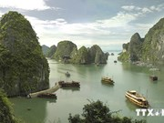 Quang Ninh marks Ha Long Bay's 20-year world heritage status