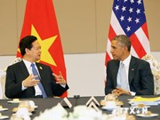 Vietnamese, US leaders meet on East Asia Summit's fringes
