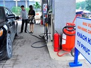 Self-service petrol stations open in Hanoi