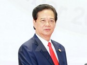 Prime Minister Nguyen Tan Dung arrives in Busan