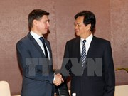 PM calls for signing of VN-Customs Union FTA in early 2015