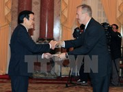 President receives US, Panamanian, Qatar ambassadors