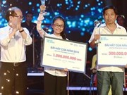 Young songstress wins 47,500 USD at singing contest