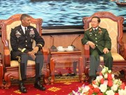 US Army Pacific Commanding General on Vietnam visit