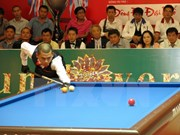 Vietnamese athletes compete in Asian three-cushion billiards contest