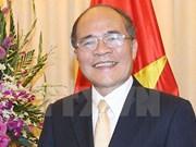Top legislator calls for solidarity, renovation, sustainable development