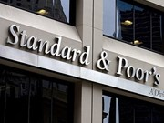 S&P gives Singapore top AAA rating
