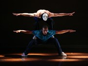German, Vietnamese dancers stage hip-hop show