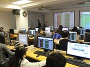 Foreign investors weaken markets