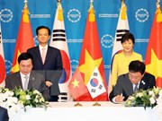 Vietnam and RoK initial bilateral FTA