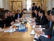 Vietnamese, Czech officials discuss bilateral relations
