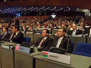 Vietnam attends cyberspace conference