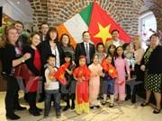 Irish adoptive families rekindle Vietnamese culture