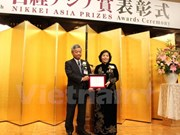 Vinamilk CEO picks up Nikkei Asia Prize