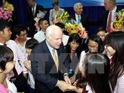 US Senator John McCain talks to university students in HCM City