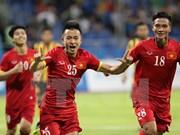 Vietnam crush Malaysia 5-1 in SEA Games