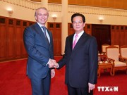 PM vows to back PetroVietnam-Gazprom Neft cooperation