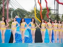 Miss Vietnam contestants in bikini
