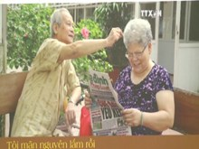 Photo exhibition tells stories of old people