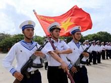 Flag salute ceremony on Truong Sa archipelago