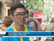 Young volunteers promote capital city's image