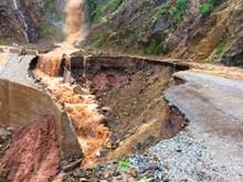Flooding takes toll on Dien Bien, Son La