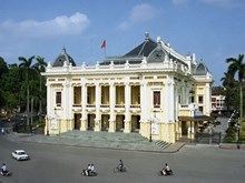 Tour to visit Hanoi Opera House launched