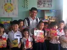 Vietnam's rural library programme gains US award