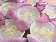 Lotus seed and longan sweet soup – countryside's pure treat