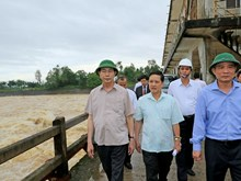 President, PM inspect flood recovery efforts