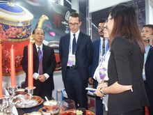 Minh Long ceramics on display during APEC 2017 Economic Leaders' Week
