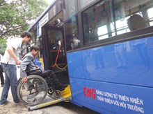Da Nang seeks ways to promote public transport