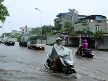 Heavy rains cause serious flooding in central region